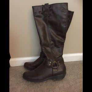 Women's Brown tall boots